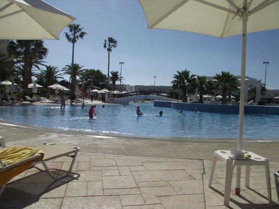 لويس كرياتا برنسيس: Main pool