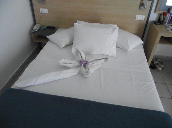 لويس كرياتا برنسيس: Bed in room