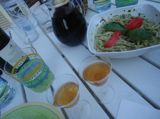 B&B Il Cielo in Una Casa: Tasty food and drinks from Maria