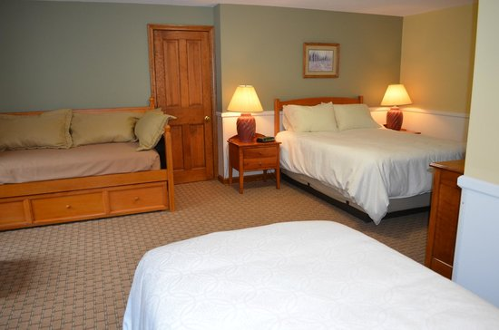 Purity Spring Resort: Millbrook Standard Room
