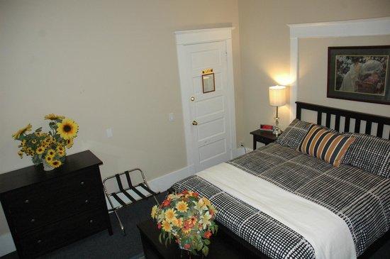 Douglas Guest House: Room 4, main floor