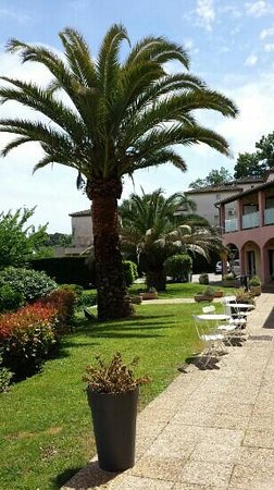 B&B Hôtel Villeneuve Loubet Village : accueil hotel