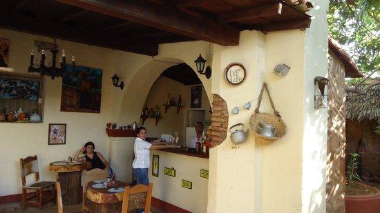 Cafe Don Pepe: Los duenos
