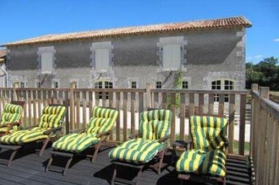 Le Petit Chateau: Een onderschrift toevoegen