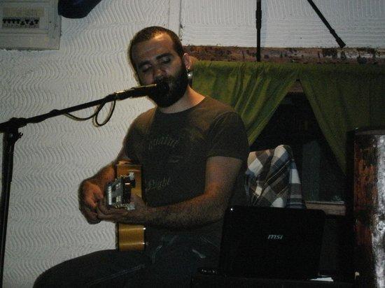Karabina Bistro Cafe : Özgür