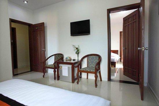 Golden River Hotel : hotel room