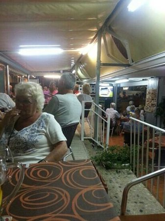 Bar Panos : Another busy night in Bar Pano - great atmosphere