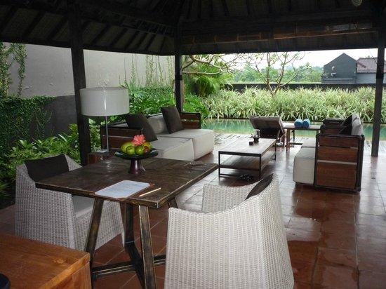 Villa Komea : Terrace