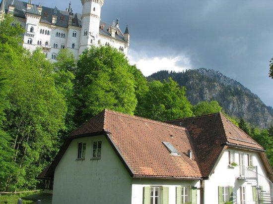 Schlossrestaurant Neuschwanstein: вне