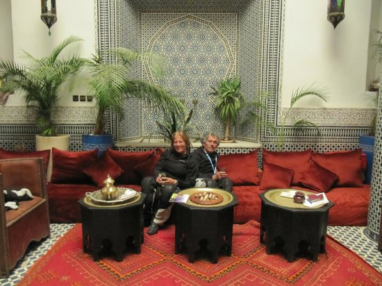 Riad d'Or: the e pasticcini all'arrivo