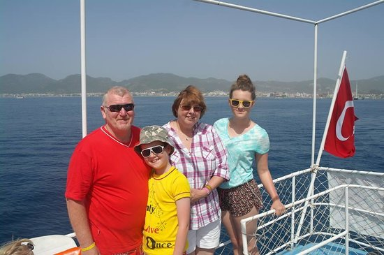 Ago Travel Day Tours: boat trip