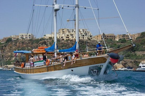 Seahorse Cruises: Gozo harbour