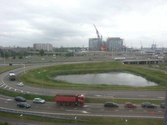 Bastion Hotel Vlaardingen : View