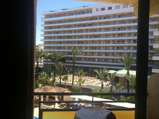 Sol Don Pedro Hotel: Vue de la chambre
