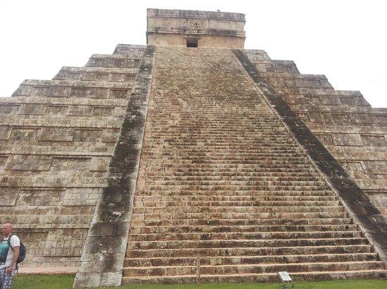 YucaTreks: Chichen Itza
