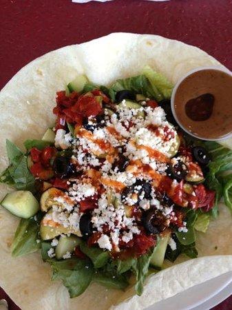 The Piano Cafe: Mediterranean salad