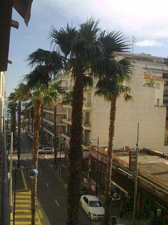 Best Western Astoria : View from 3rd floor balcony room