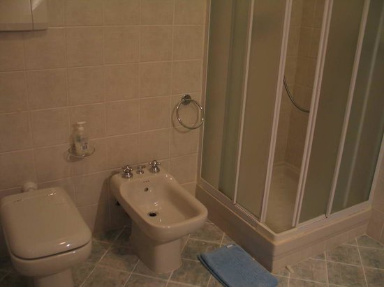 B&B Tarussio: Bathroom