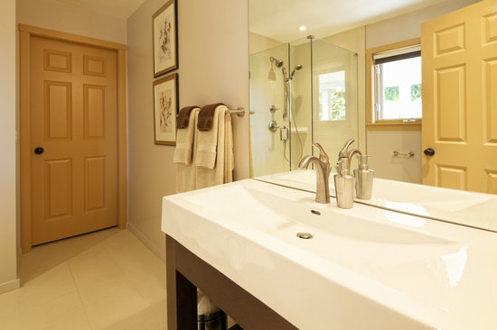 Hedgerow House Bed & Breakfast: Garden room luxury bathroom