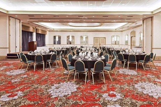Hyatt Regency Tulsa: TULRT_P001 Ballroom Social