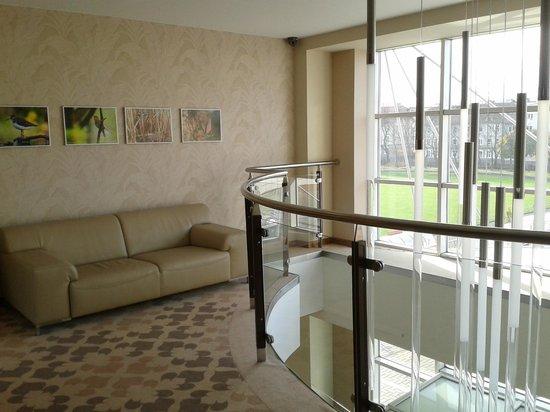 Hotel Platinum: hall na piętrze