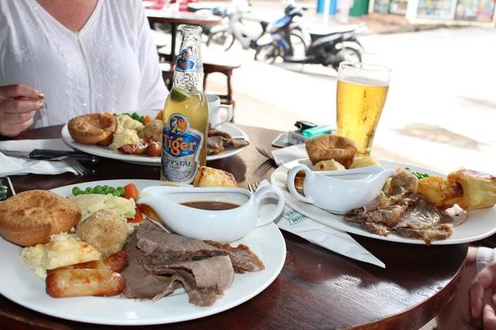 Tropical Murphys Irish Pub & Restaurant: What a spread!