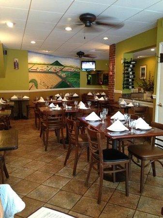 Guardado's: Dining Room