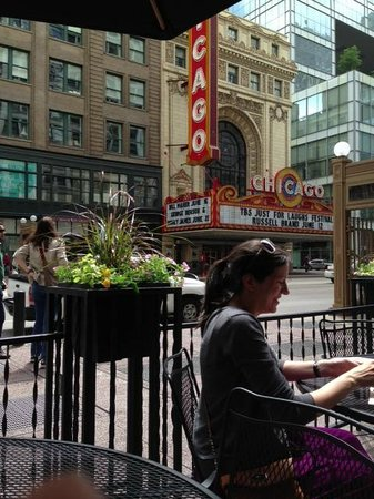 Potbelly Sandwich Works: Nice outdoor seating overlooking the very cool theatre