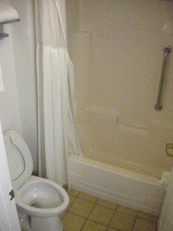 Staybridge Suites Philadelphia - Mt Laurel: Banheiro