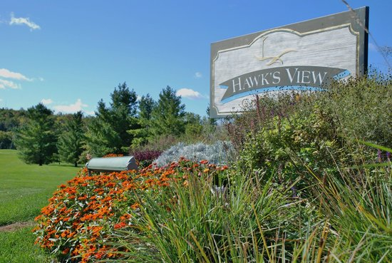Hawks View Golf Club: First Class Challenging Course