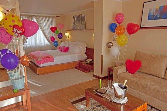 Hotel Boutique Confort Suites: Decoración plan cumpleaños