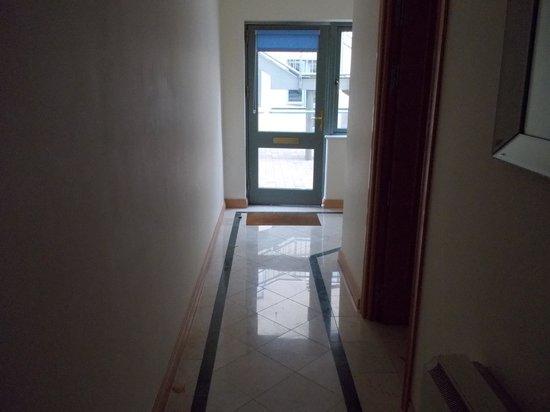 Park Place Apartments: Hallway