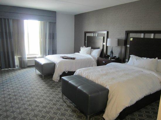 Hampton Inn & Suites Columbia/Southeast-Ft. Jackson: Room 416, handicap accessible