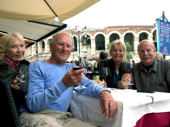 Hotel Torcolo : Dining in the shadow of The Verona Arena