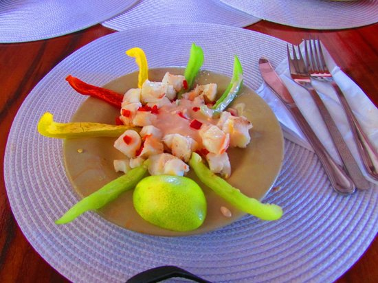Casa de David y Deimy: Fresh cooked lobster, served cold with sauce and peppers
