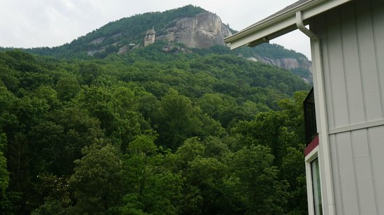 Carter Lodge : Chimney rock