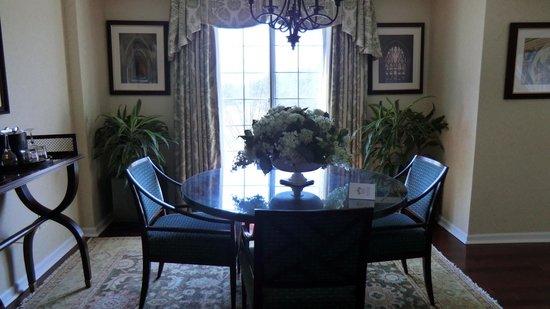 Washington Duke Inn & Golf Club: Homestead Suite
