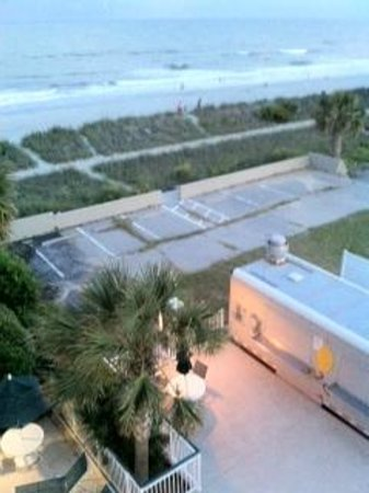 Hampton Inn & Suites Myrtle Beach/Oceanfront: View from our front balcony