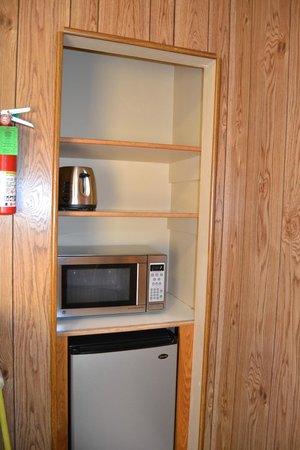 Buckeye Tree Lodge: pantry?