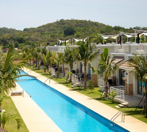 120 Meter Long Swimming Pool Picture Of Oriental Beach Pearl Resort Sam Roi Yot Tripadvisor