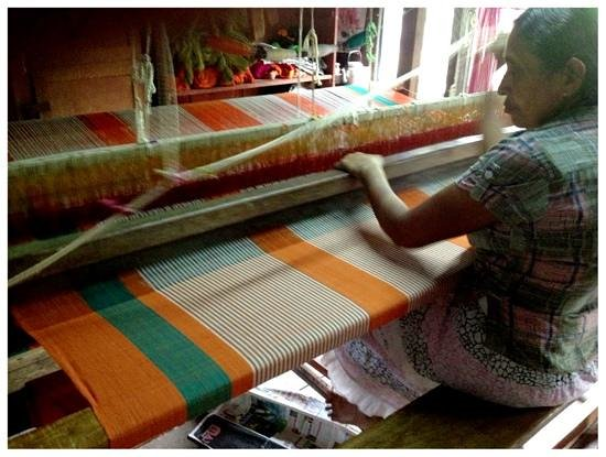 Waterfalls Homestay: at the hand loom factory