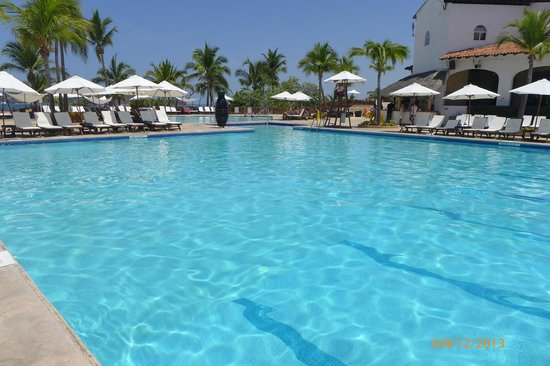 Club Med Ixtapa Pacific: Main swimming pool