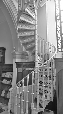 The Hong Kong Catholic Cathedral of The Immaculate Conception : Nice staircase