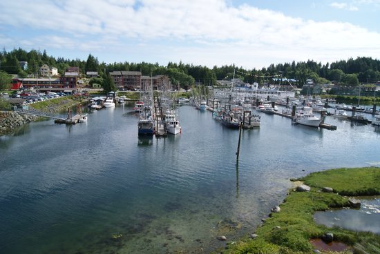 Water's Edge Shoreside Suites: View over the marina from our room (805)
