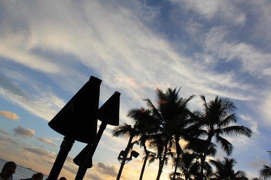 Kuhio Beach: Kuhio Torches