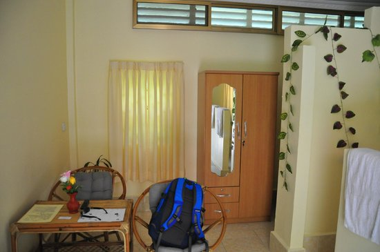 Battambang My Homestay: View of room from door entrance