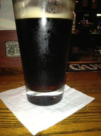 McMahon's Irish Pub & Restaurant : The supposed black and tan