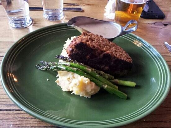 Mangy Moose Restaurant and Saloon : Buffalo Meatloaf.