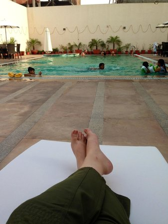 The Retreat: Relaxing by the pool