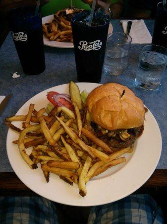 Buck Meadows Restaurant and Bar : Buck Meadows Restaurant. Groveland, CA